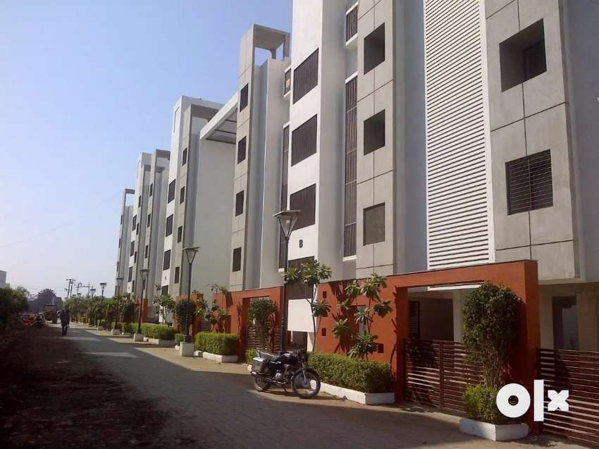 3-BHK Flat for sale near Kalawad Road..