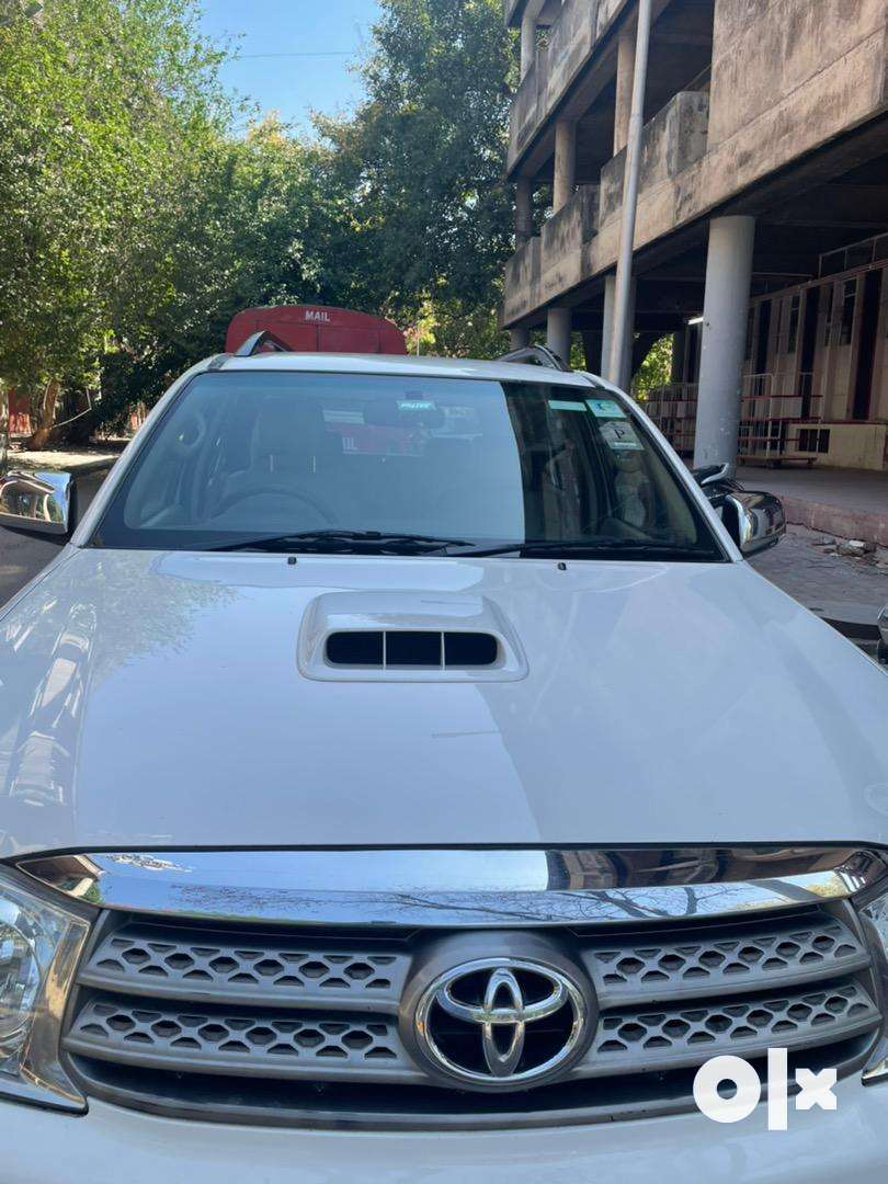 Toyota Fortuner 2011 Well Maintained