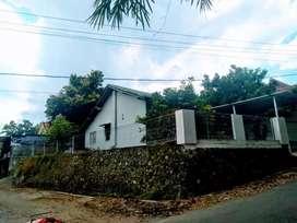 Rumah Asri pemandangan Gunung