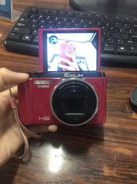 "Camera digital ""pink"" like a new"