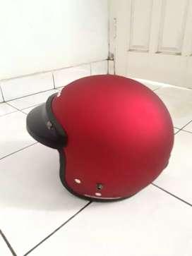 Helm cargloss masih baru tanpa lecet