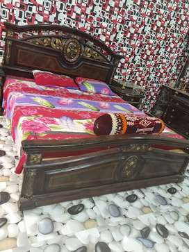 Bed side table dressing table
