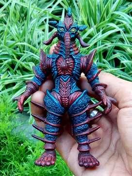 Action figure monster ultraman