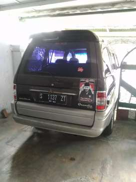 Mitsubishi kuda grandia th 2002 bensin