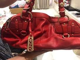 DKNY BAG BEAUTIFUL COLOUR
