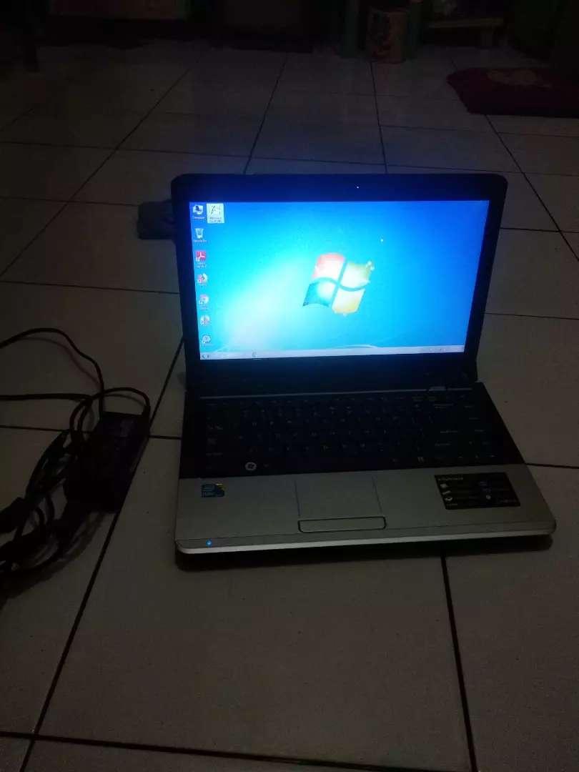 Laptop ADVAN core i3 ram 4gb