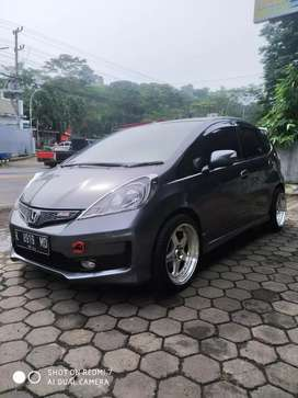 Honda jazz RS 2012 AT