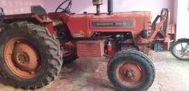 Mahandar tracktor 265 new tayar & batry mod.1998