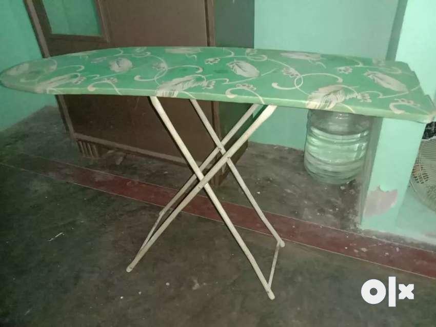 Iron table 0