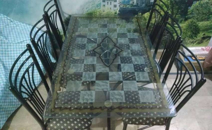 6 Iron Chairs & Dining Table 0