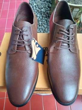 Brodo Yorke Brown - Size 40
