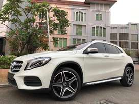 MERCEDES BENZ GLA200 SPORT AMG 2017 #evelyn