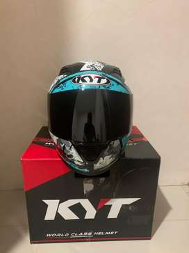 Helm KYT R10 full face seri 3 size L, tried only