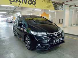 Honda JAZZ RS AT 2019 Hitam km 4 ribu Record