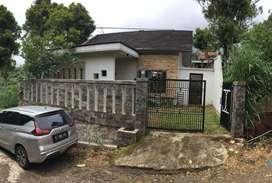 Rumah dengan suasana villa