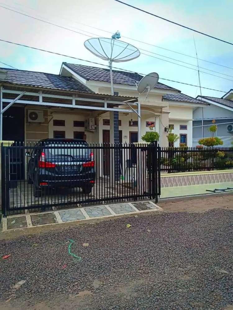 rumah komersial dengan kelebihan tahan samping dan belakang