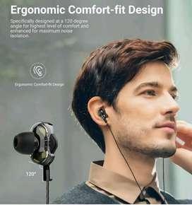 Earphones dual drive