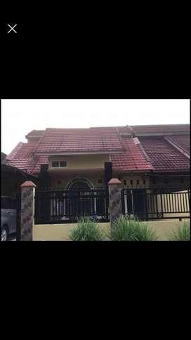 Dikontrakkam Rumah Pribadi di Villa Anggrek Blok C6 Air dingin