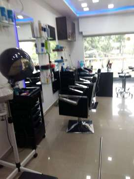 Ladies beauty parlour for sale
