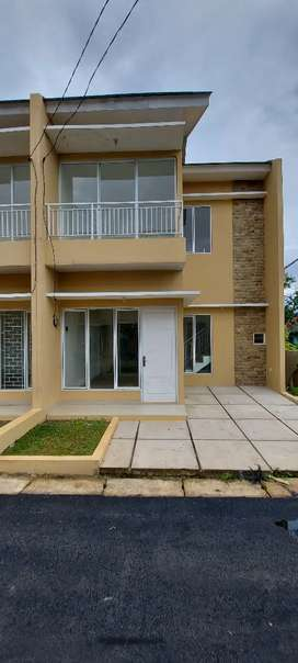 Rumah Mewah 2 Lantai di Daerah Serpong Pamulang BSD Sisa 2 Unit