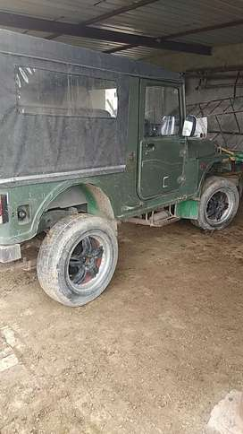 Its army mm55o with Di turbo engine..ac.. All power