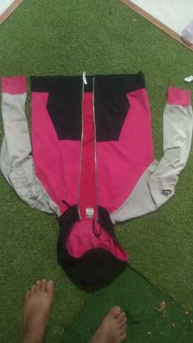 Jaket Nike ori100% UK L