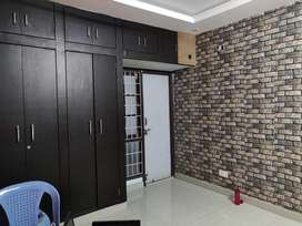 25k rent 2bhk flat only familes cupboards ,car park,all amentie