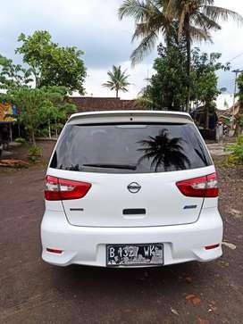 Nissan New Grand Livina matic 2014 murah