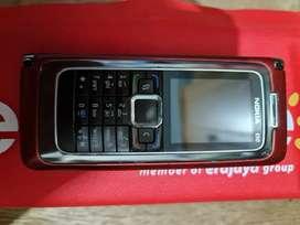Nokia e90 merah