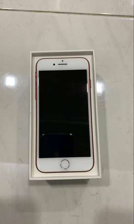 iphone 7s avaialble good and new condition 40% to 50% off