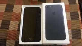 Iphone 7 32Gb ( black colour )