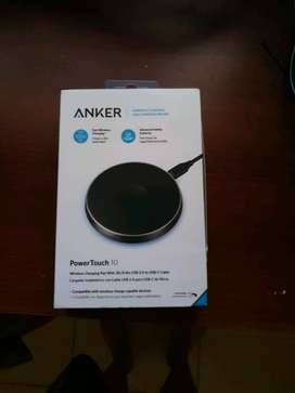 Anker 10w fast wireless charging A2512H11