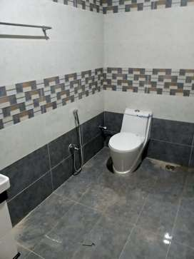 Triple Story Fully Renovated 10 Bedrooms  Corner House Rent 450.lac