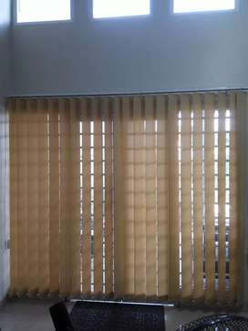 Gordeng Vertikal warna krem