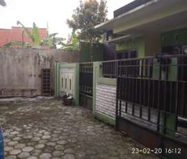 Rumah lux minimalis dekat jln raya di Banguntapan
