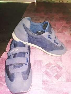Sepatu kerja dan jalan2