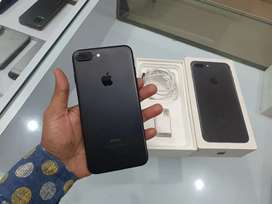 Iphone 7 plus 128gb. With bill box all