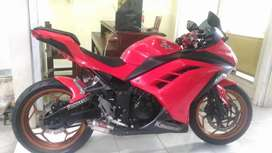 Kawasaki ninja 250 CC, thn 2014 / Bali dharma motor