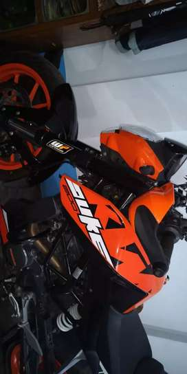 KTM DUKE 200 - (8 MONTH OLD)