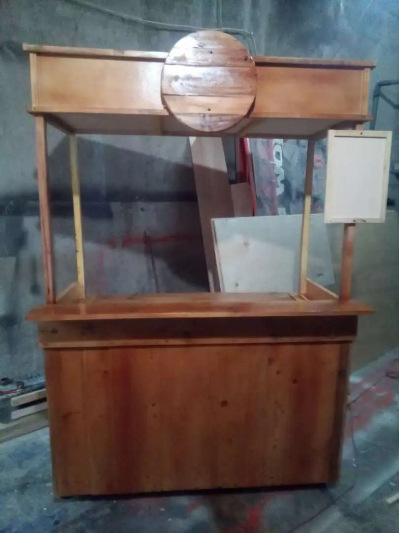 Gerobak booth kayu murah