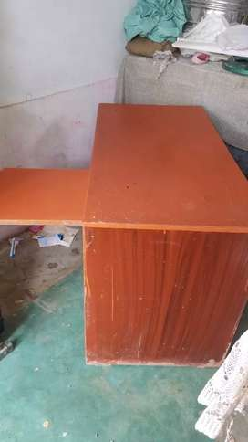Study table. computer table office table with chair good Condition