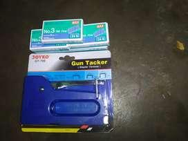 Staples Tembak/Gun Tracker Bonus 5 Kotak Isi nya
