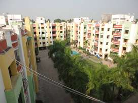 Serene and pollution free flat in Narendrapur