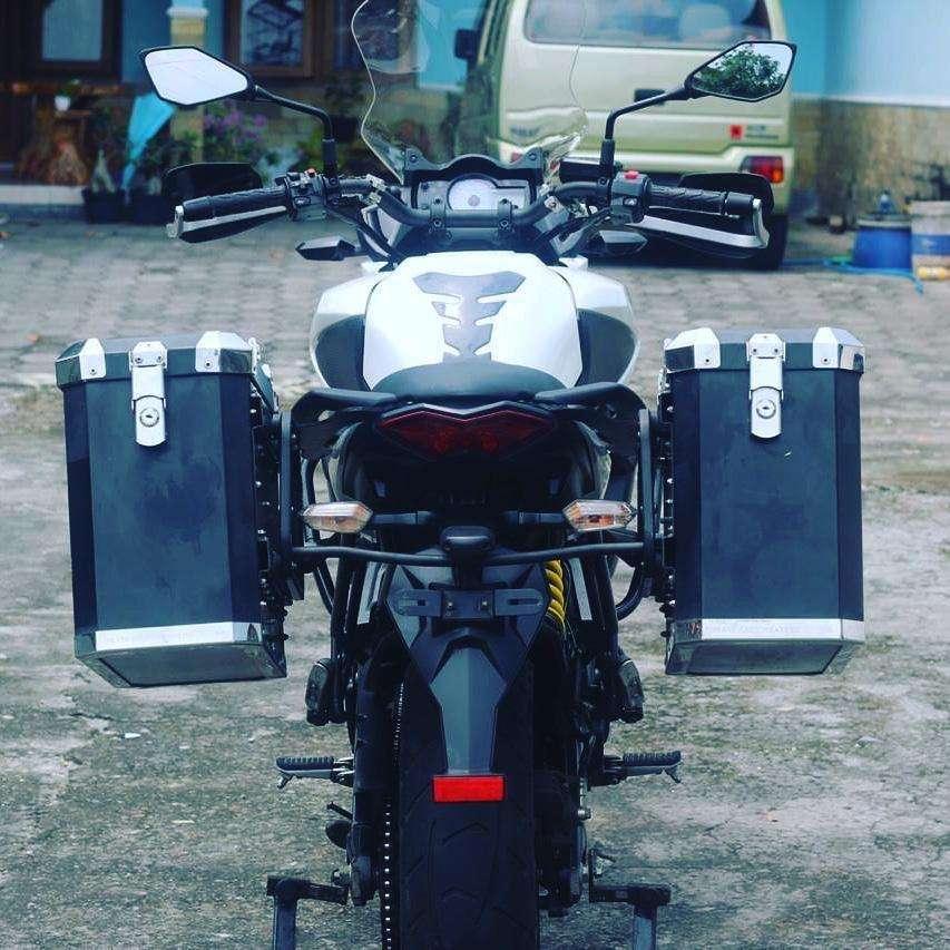 Moge Kawasaki versys 650 tahun 2013 siap touring