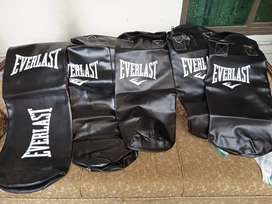 Boxing equipments boxing bag sand bag punching gloves speedball