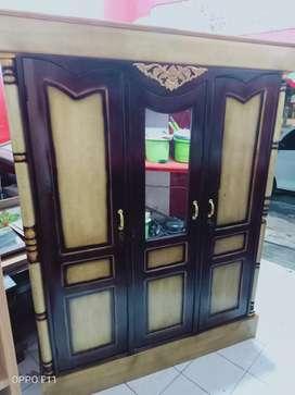 Lemari 3 pintu asli kayu jati
