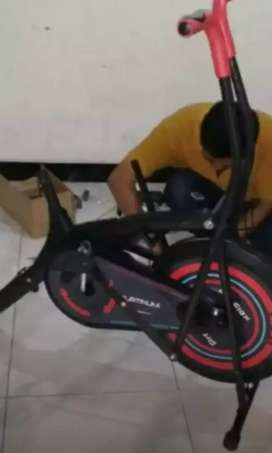 Sepeda statis best teraphy kesehatan maxfitt 50 kenssporty