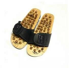 Sandal Reflexi Terapi Kayu