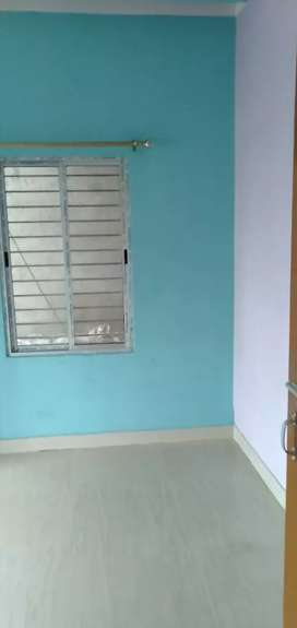 2bhk flat rent for family bachelor