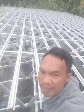 Atap baja ringan bahan dan pemasangan